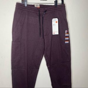 Levi's Men's Cargo Pull On Cropped Taper Pants